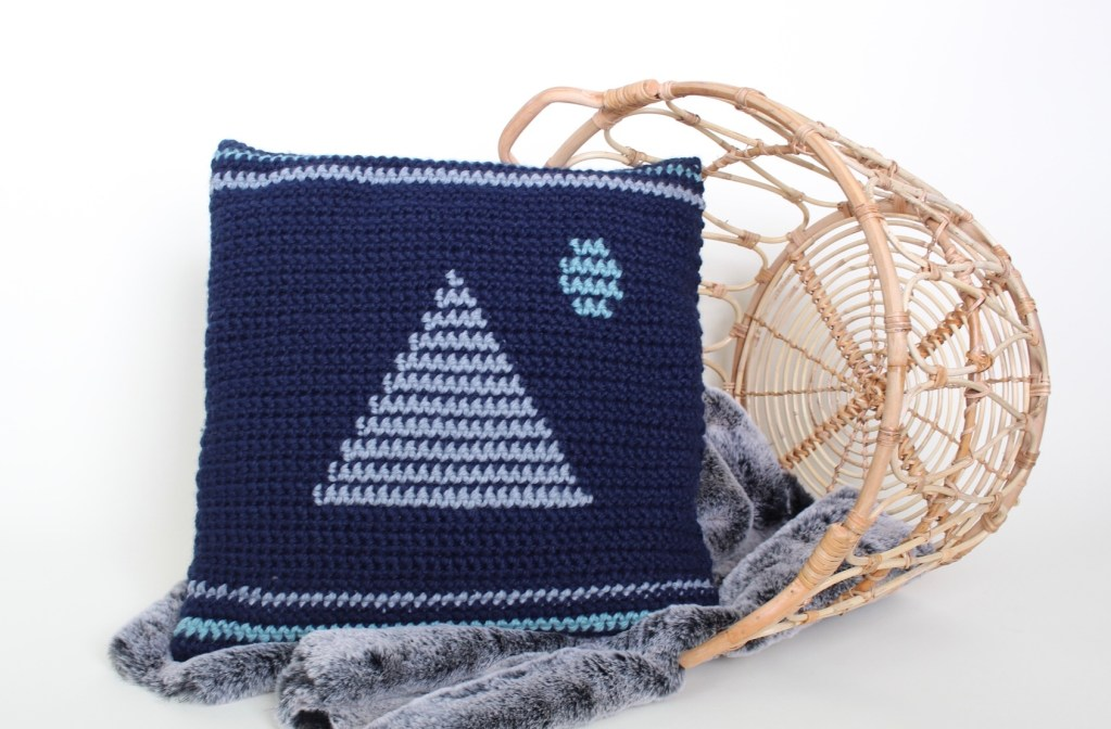 The Moonrise Crochet Pillow Pattern