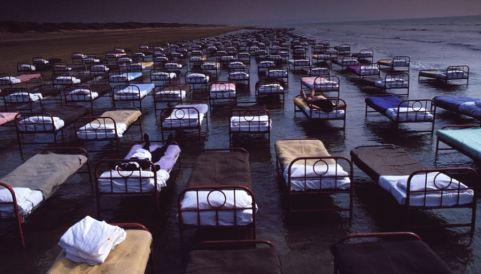 Pink_Floyd_Beds