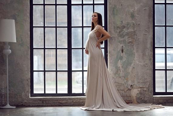 Фотосессия беременной в длинном платье