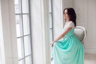 Фото в студии с платьем