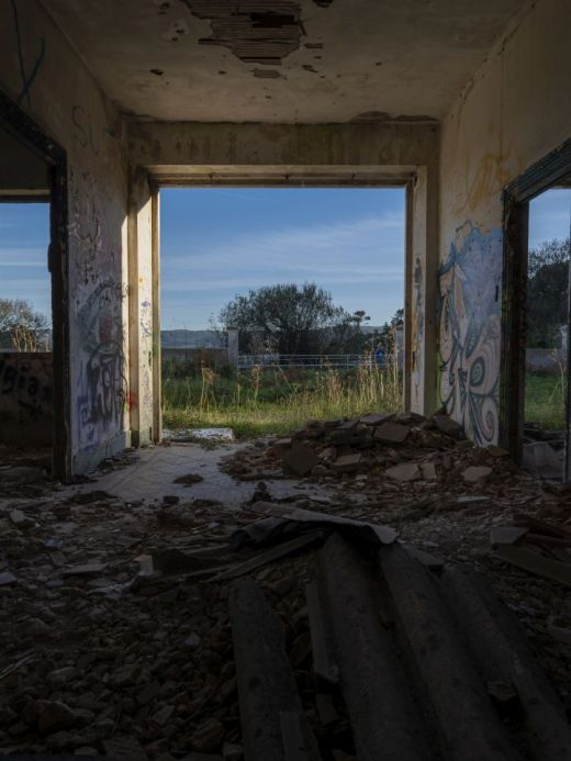 Urbex photograph of abandoned barrack