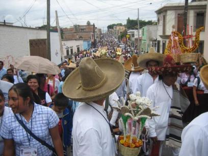 The Guelaguetza Becomes a ¨Megamarcha¨