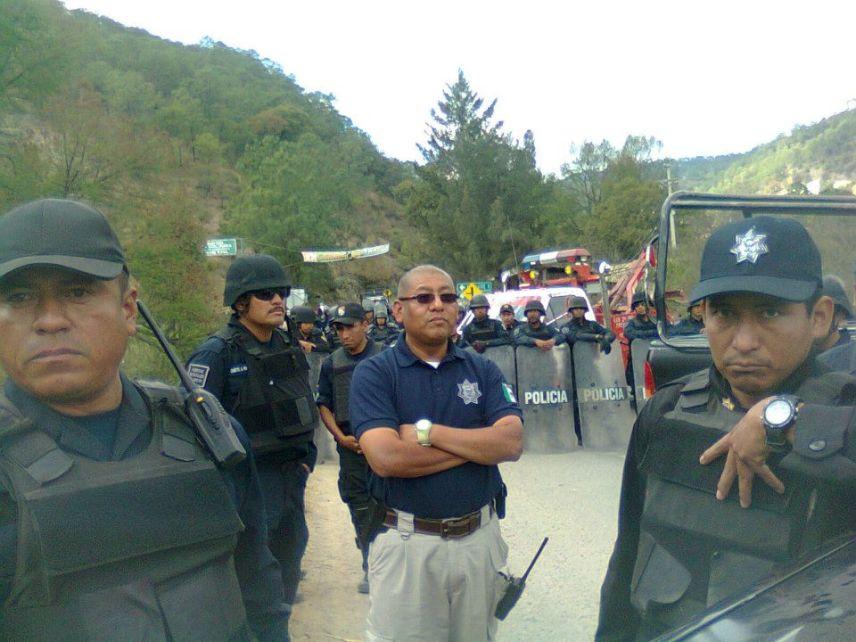 policia-detiene-caravana_1