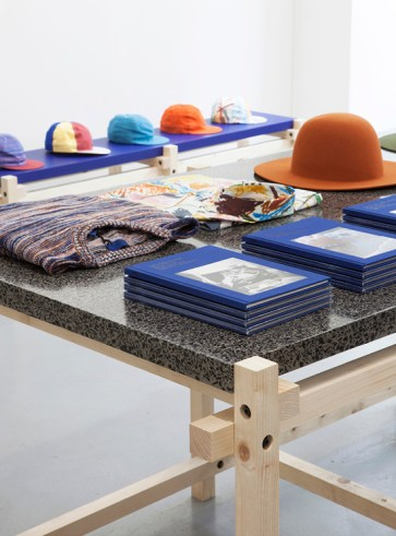 Pop up store - Etudes Studio - Interior Philippe Albert Lefebvre Stephane Halmai-voisard - mocoloco.com