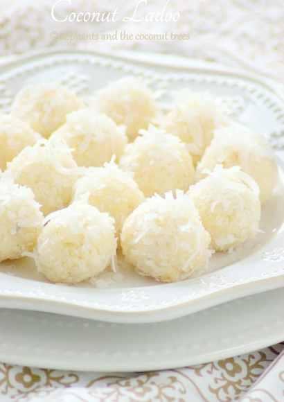 Thumbnail for Coconut laddu / 15 minutes Laddoo / Thengai laddu / Nariyal Ladoo / Easy Diwali Sweet