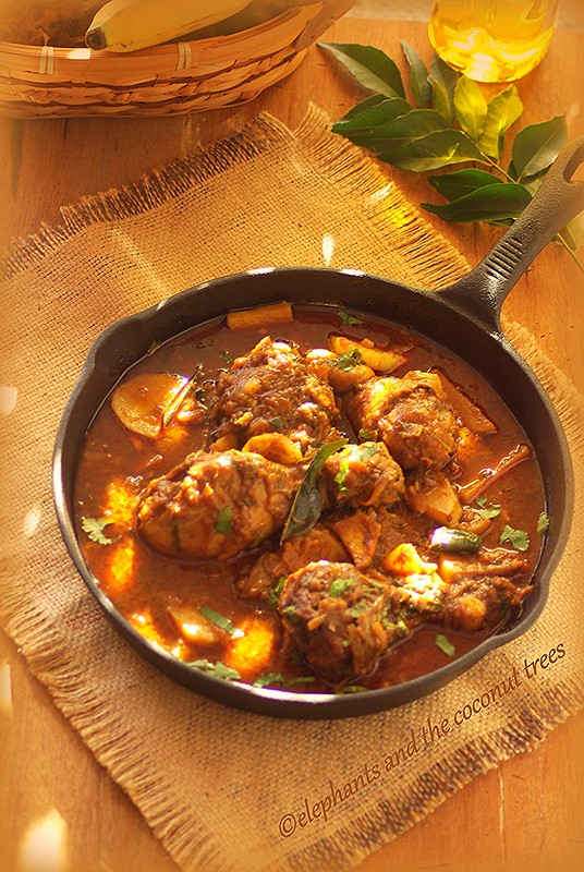 Spicy chicken curry with potato