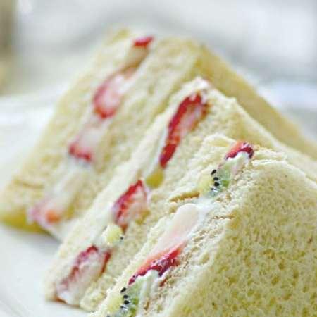 fruit sandwich Japanese sandwich