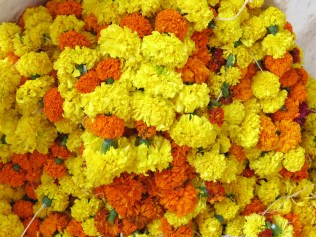 Fusion: catholics in Goa adopted the flower garlands