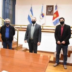 Firman convenio para implementar la Licencia Nacional de conducir y certificado nacional en los municipios de Bandera, Campo Gallo y Sumampa