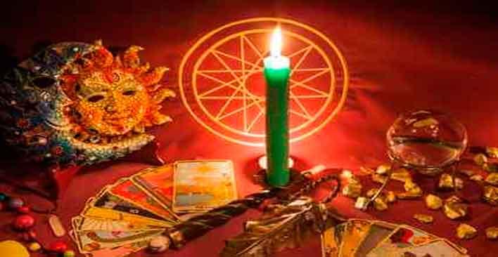 Ritual de la vela de los siete nudos.
