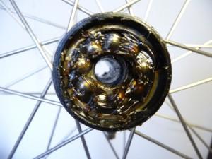 1579 Mantenzione mozzi a coni e sfere 58