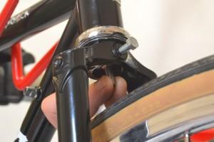 5612 Montiamo la bici parafanghi portapacchi Surly Cross Check 124