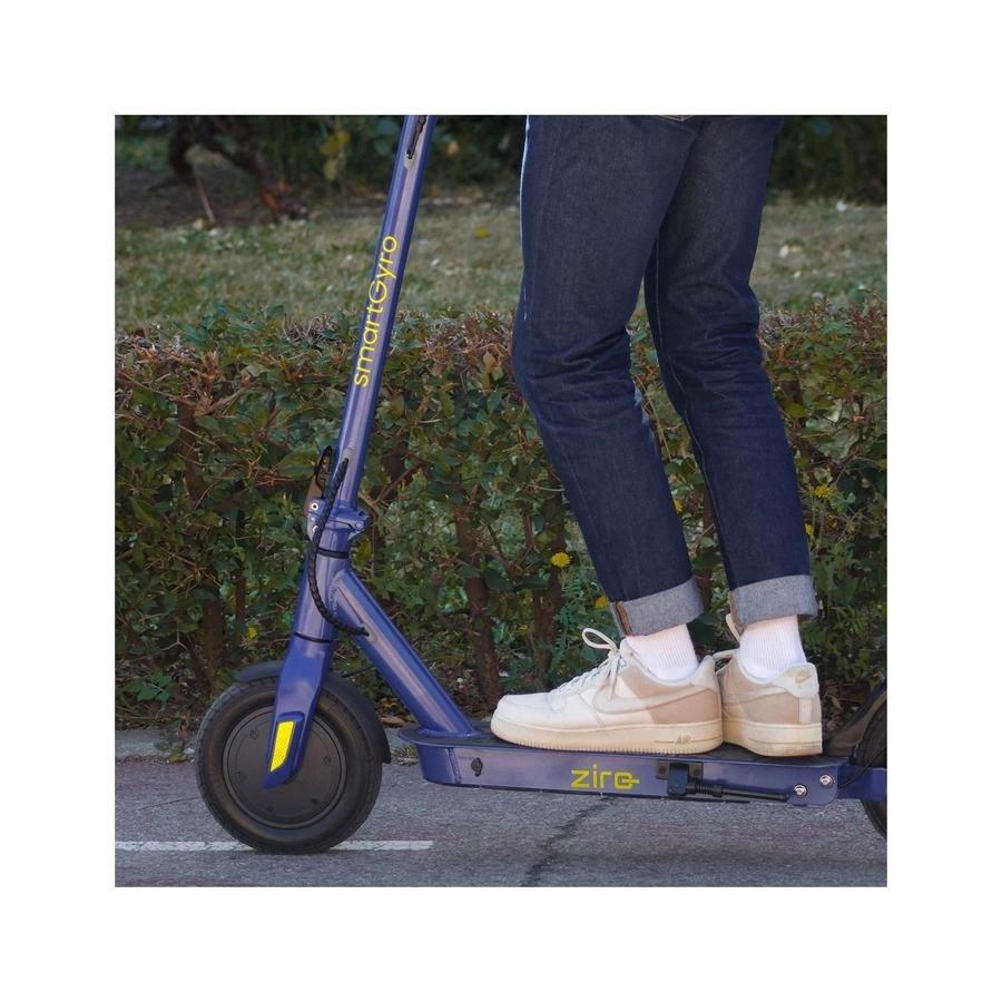 Patinete Electrico SmartGyro Ziro patinete en uso