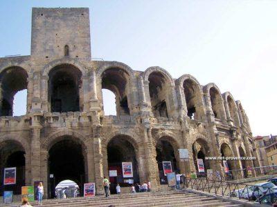 Utazás lakóautóval Avignon - Arles, Aréna