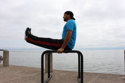 L-Sits on the waterfront