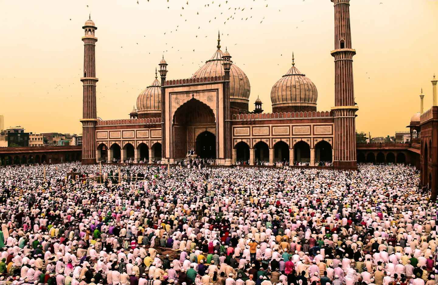 Jama Masjid of Delhi - charitable spirit of ramadan