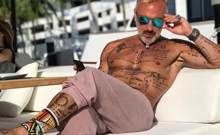 Gianluca Vacchi recibió comentarios homofóbicos por posar en bikini