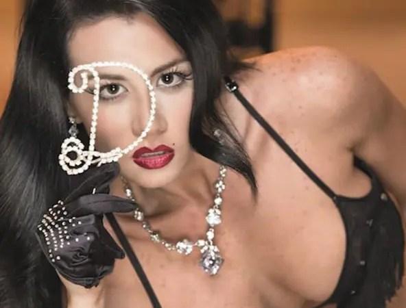Diosa Canales tapándose «las que te conté» es lo mejor que verás en Instagram