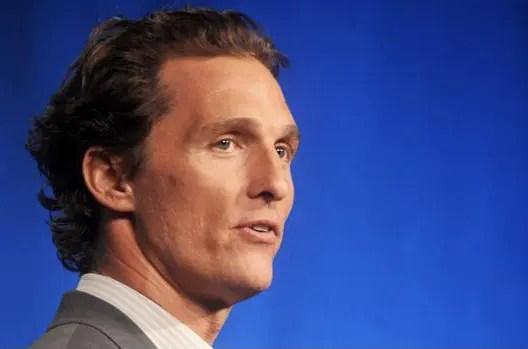 Matthew McConaughey podría postularse a la gobernación de Texas 👨🏼🦱⚖️
