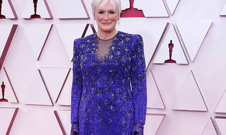 Los mejores y peores vestidos de los Oscars 2021 👗🏆[En vivo]
