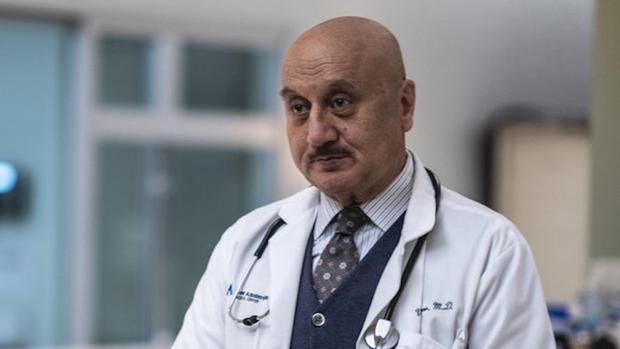 Triste despedida en New Amsterdam: El Dr. Vijay Kapoor se va de la serie