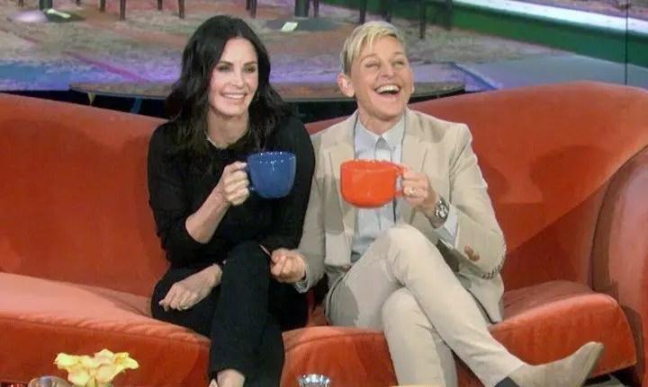 Junto a su esposa: Ellen DeGeneres se mudó a casa de Courtney Cox 🤗🏠
