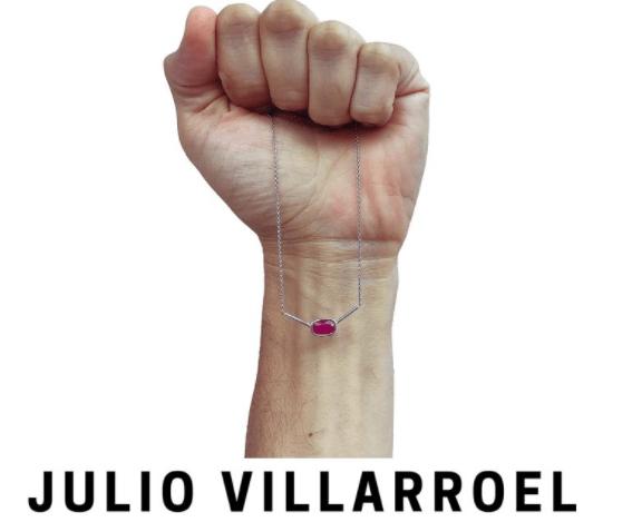 Villarroel - Julio Villarroel, un latino que hace joyas con valores