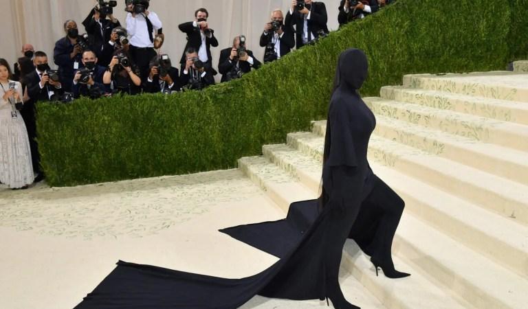 Kim Kardashian se transforma en Batman Beyond en un imaginativo arte conceptual