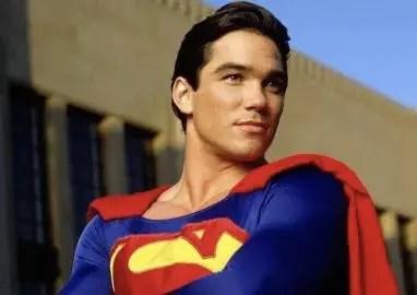 """Dean Cain criticó a DC por declarar bisexual a """"Superman"""" 🦸🏻🏳️🌈"""