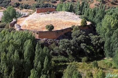 Castillo de Rochafrida escenario del romance de Rosaflorida en completa decadencia y abandono.