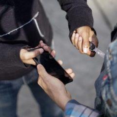 Proponen hasta 8 años de cárcel a quien venda celulares robados