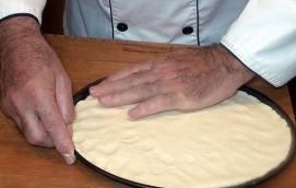 damos forma a la pizza