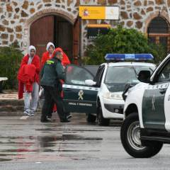 La Guardia Civil rescata a 14 personas en el mar