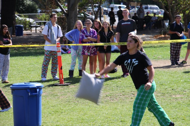 Junior Gina Gelphman aims for the hole.