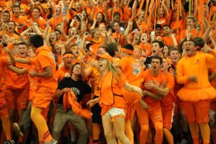 Juniors celebrate their lead.
