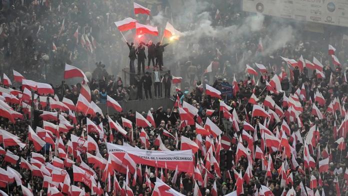 La ultraderecha se deja ver en Polonia