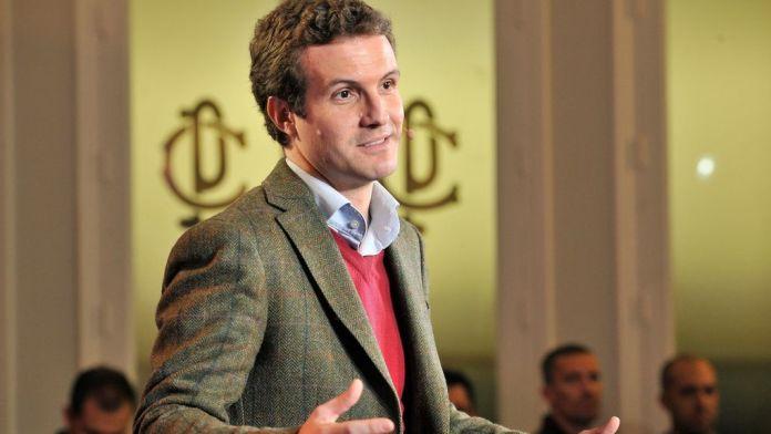 Pablo Casado se ríe del CIS: «Es casi como ver a José Mota»