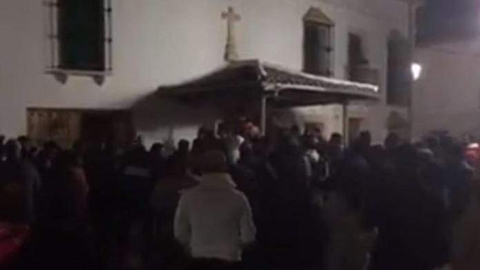 Vecinos de Casariche intentaron linchar a un hombre por el robo en una vivienda