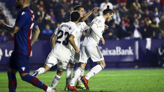 El Real Madrid gana con mucha polémica
