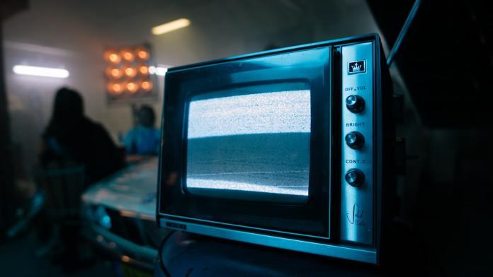 Situación de quiebra en la prensa, radio y televisión española