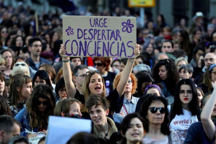 Democracia, constitución y feminismo