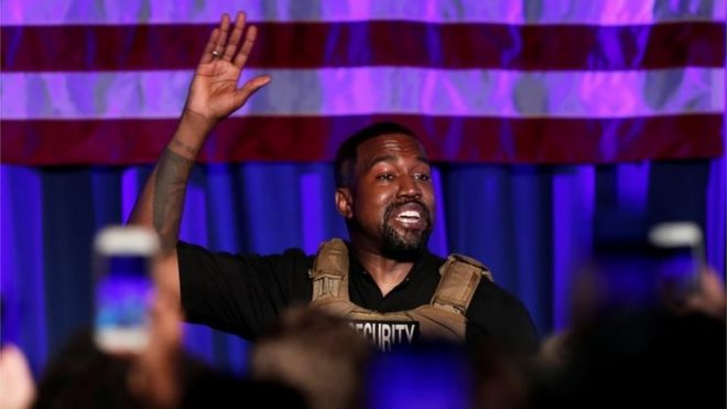 Kanye West rompe a llorar en el primer mitin de su carrera a la presidencia
