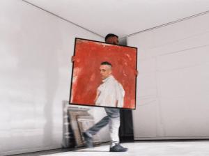 """""""Se viene?👀, fragmento del videoclip de Comerte Entera donde se aprecia la portada de El Madrileño"""