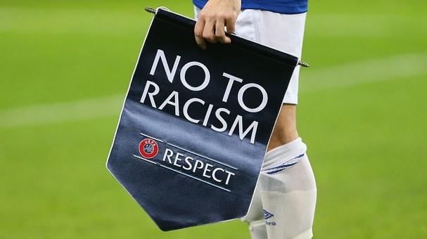 El racismo en el deporte, una pandemia sin vacuna