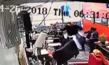 Ataca a su pareja con un destornillador
