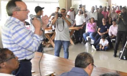 Medio Ambiente busca soluciones a productores de Valle Nuevo
