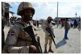 Haitianos siguen jugando «al gato y al ratón» con militares en la frontera