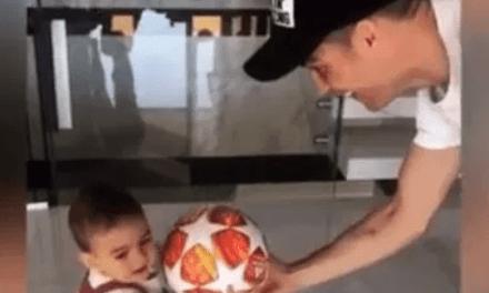 El video más tierno de Cristiano con su hija Alaina Martina y un balón de Champions