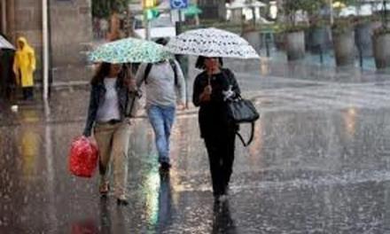 Elevan alerta contra inundaciones para 15 provincias y el Gran Santo Domingo