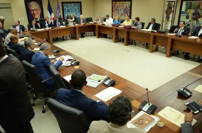 Gran expectativa en RD por reunión de esta noche del Comité Político del PLD